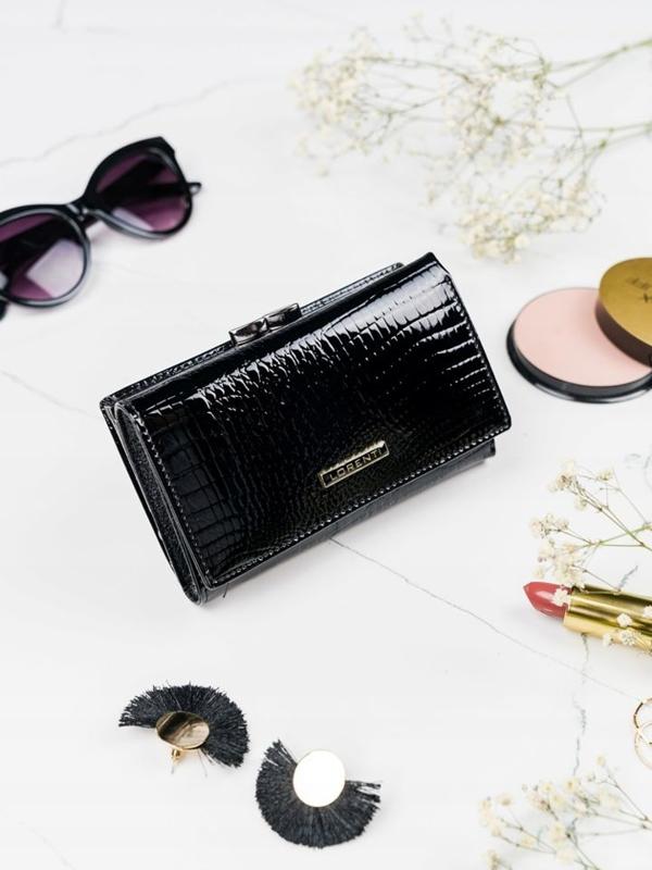 Женский кожаный кошелек черный 2108
