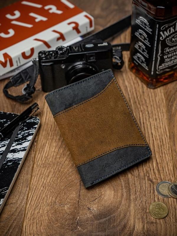 Мужской кожаный кошелек коричневый 2047