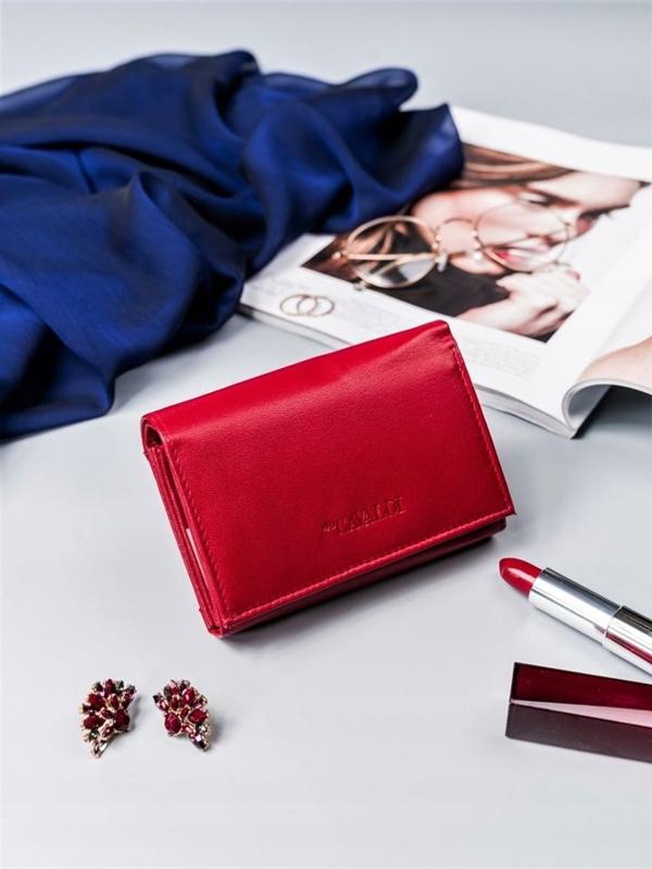 Жіночий шкіряний гаманець червоний 2410