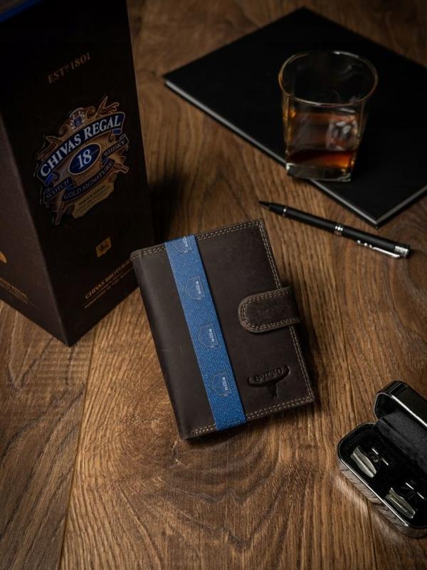 Чоловічий шкіряний гаманець коричневий 2224